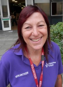 Volunteer Elaine Harris