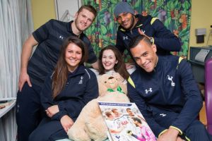 Spurs stars with Charlotte Cummings